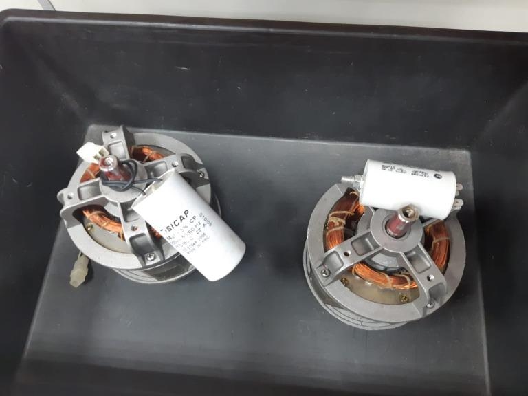 Motores Elétricos para Cortador de Grama - Com Defeito