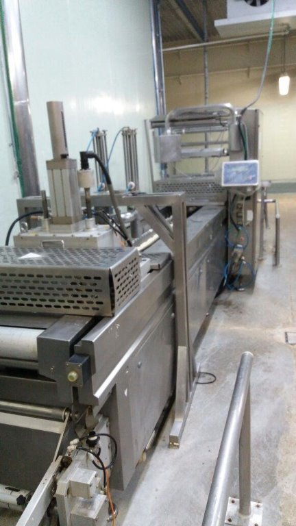 Termoformadora ULMA (presunto) + Impressora Industrial Com Movimentador Optima Ano 2009