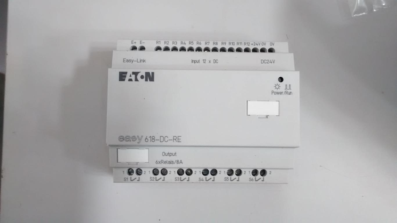 Expansão Clp Eaton Easy 618 DC-RE 12x24 VCC (DC)