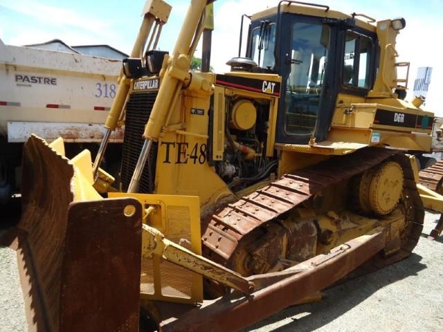 Trator de Esteiras CAT D6R 2007