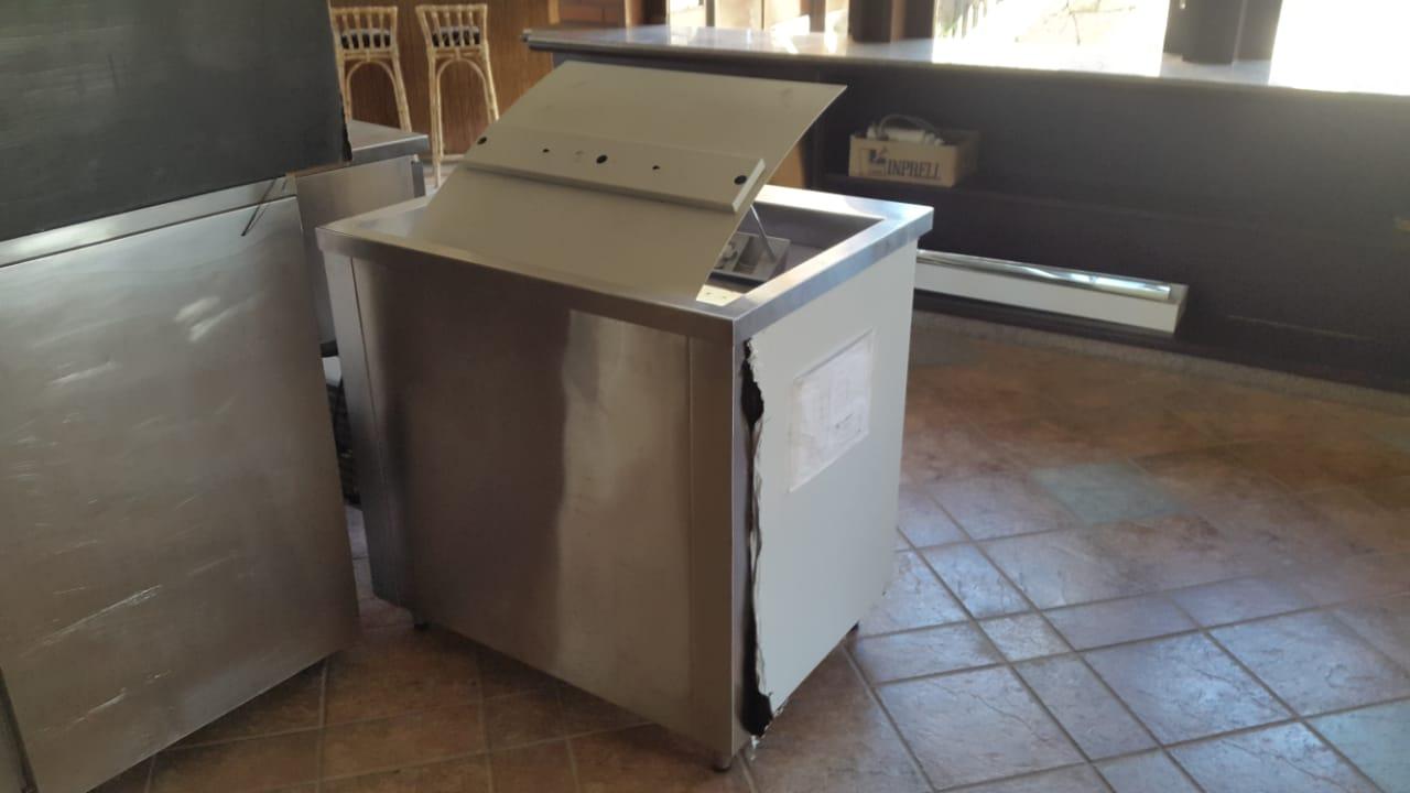 Freezer Horizontal 2 portas Inox