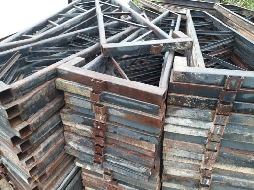 Bandejas para Construção 180 Unidades