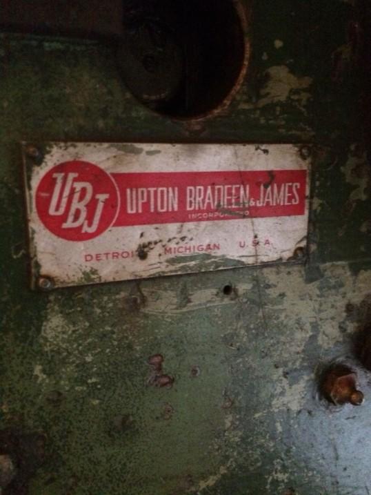 Prensa Excêntrica Upton Bradeen & James
