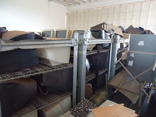 Sucata de Informática aprox. 01 ton
