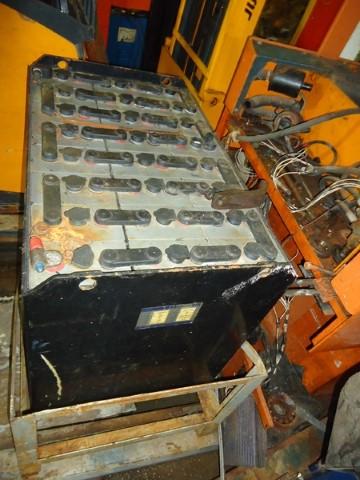 Bateria para Empilhadeiras Elétricas Moura 13MT618