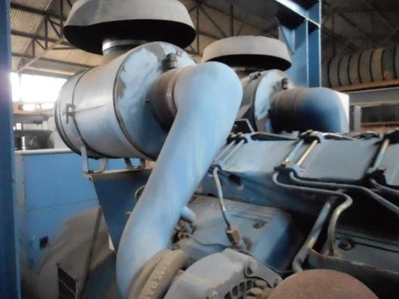 Grupo Gerador CTM/Perquins P720 A 767 KVA Ano 2001