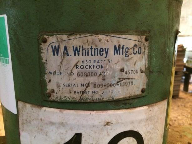 Prensa e Corte de Cantoneira W.A. Whitney MFG C.O. 6090000 45 T