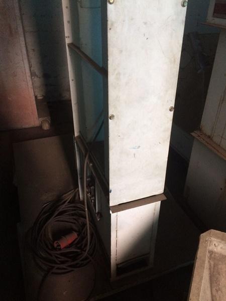 Elevador de Canecos para Grãos Capacidade de 5 Ton/h