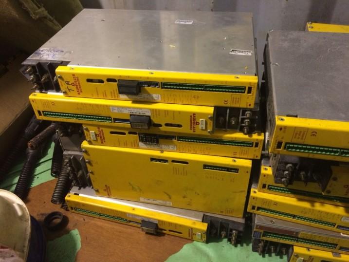 Servos Motores e Módulos de Acionamento Baumuller Nurnberg