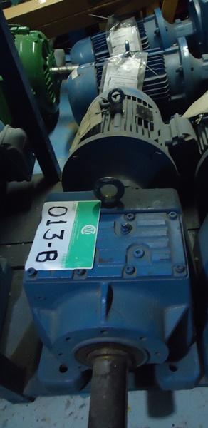 Motoredutor Cestari Weg W22 Plus 10 CV