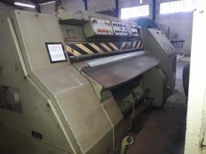 Maquina hidraulica de rebaixar couro Rizzi, RNE19
