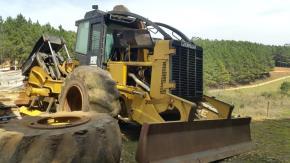Trator Florestal Skidder Caterpillar 525C 2012