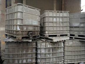 Sucata Container Plástico 1000 L aprox. 25 unidades (isotanques, contentores)