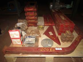 Aprox. 2.436 Peças de Colhedoras de Cana Case